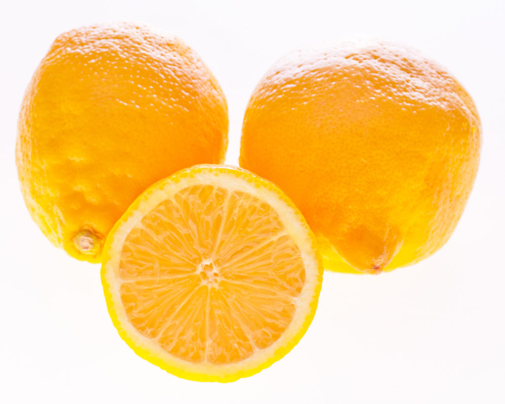 Healthy Hummus Recipe with Lemon